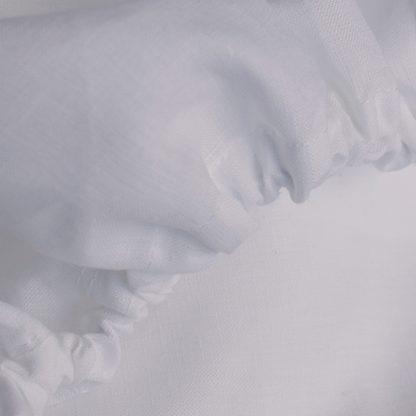 Fitten linen sheet