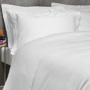 White linen bedding sheet set